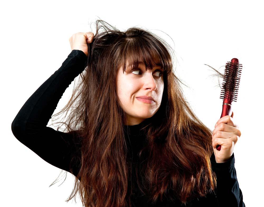 Il fenomeno della caduta dei capelli risente di molte condizioni legate al  benessere psicofisico dell uomo e della donna. I rimedi naturali possono  quindi ... dad99915c5c7